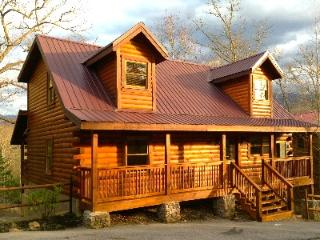 Rustic Charm and Modern Amenities Create a 'Touch of Magic in the Smokies' - Gatlinburg vacation rentals