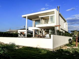 Oceanfront Pool Home in Florianopolis - Campeche vacation rentals