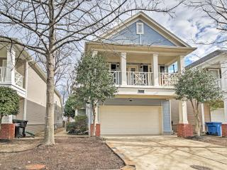 Inviting 3BR Memphis House w/Wifi, Private Deck & Peaceful Backyard Oasis - Unbeatable Mud Island Location! Close to Both Outdoor Recreation & Downtown Attractions! - Memphis vacation rentals