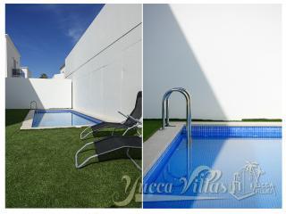YUCCA VILLA-1 W/PRIVATE POOL, 6-8SLEEPS - Playa de Fanabe vacation rentals