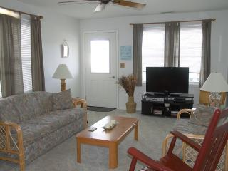 Immaculate 3 bedroom, 2nd floor Condo - Wildwood Crest vacation rentals