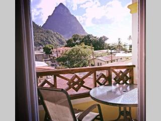 Romantic 1 bedroom Soufriere Condo with Internet Access - Soufriere vacation rentals