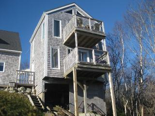 Seaside Cottage with extensive ocean view - Halifax vacation rentals
