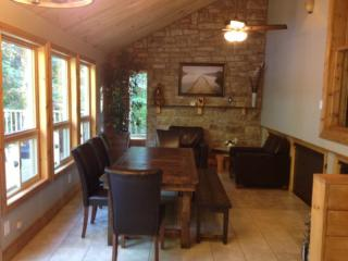3 bedroom Cottage with Television in Cloyne - Cloyne vacation rentals