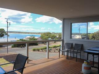 Perfect 4 bedroom Emu Bay House with A/C - Emu Bay vacation rentals