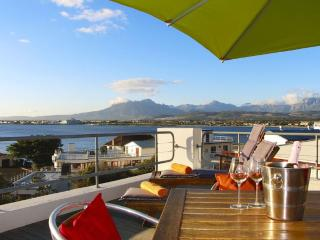 Comfortable 3 bedroom Condo in Gordon's Bay - Gordon's Bay vacation rentals