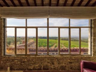 Large Chianti Classico Villa with Swimming Pool and Spa near Siena - Villa Valeria - Castelnuovo Berardenga vacation rentals