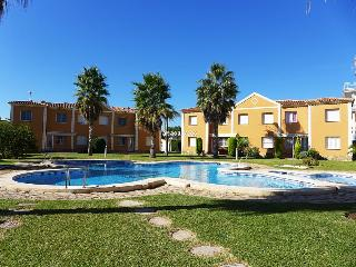 Cozy 2 bedroom Condo in Oliva with Television - Oliva vacation rentals