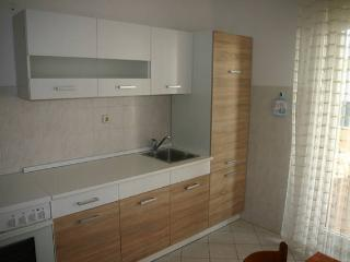Renato 2 apartment for 3 people - Novalja vacation rentals