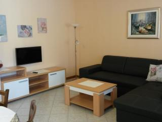 Cozy 2 bedroom Vacation Rental in Baska - Baska vacation rentals