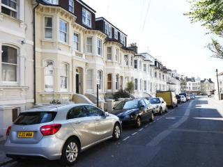 Entire home, beautiful, minutes from the seafront! - Hove vacation rentals