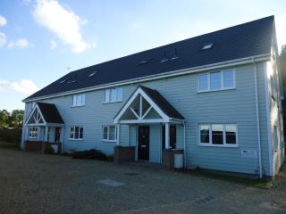 Beautiful House with Internet Access and Television - Watton vacation rentals