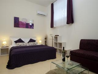 1 bedroom Private room with Television in Split - Split vacation rentals