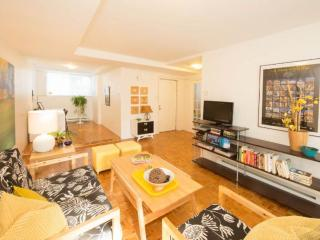 Clean, bright, cozy! Near Universities &Downtown! - Montreal vacation rentals