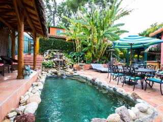 Hollywood Loft guest house in gated tropical estat - Los Angeles vacation rentals