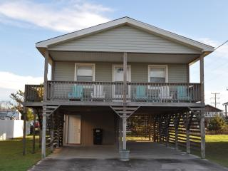 Cozy 3BR beach cottage, short walk to beach! - Kill Devil Hills vacation rentals