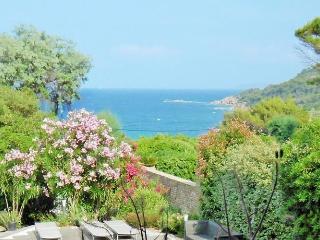 Villa GISELE - Le Lavandou vacation rentals
