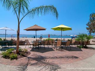 La Palma Paradise -  View 2 BR on Sail Bay - Mission Beach vacation rentals
