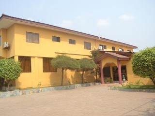 1 bed furnished flat - Accra vacation rentals