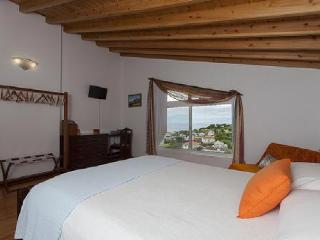 Comfortable 1 bedroom House in Lajes do Pico with DVD Player - Lajes do Pico vacation rentals