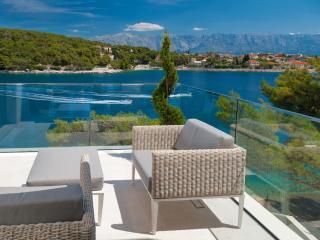 Stunning frontline Villa Nereide - Sumartin vacation rentals
