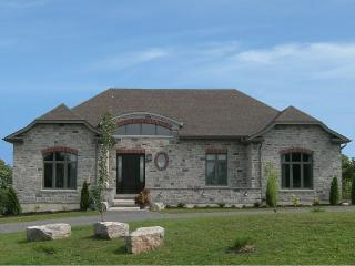 Luxury vacation home, Pool Table, Movie Room - Adolphustown vacation rentals