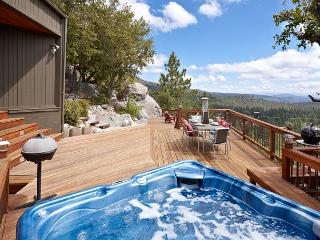 """Luxurious """"The View"""" Home; Spa & Ping Pong Table - Idyllwild vacation rentals"""