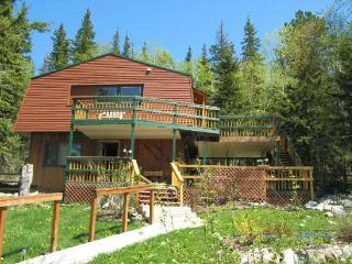 3 bedroom Cabin with Deck in Lead - Lead vacation rentals