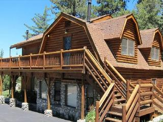 Quail's Run Luxury Hilltop Log Cabin - Idyllwild vacation rentals