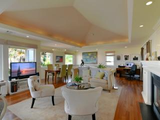 Elegant Downtown Morro Bay Home 686 - Morro Bay vacation rentals
