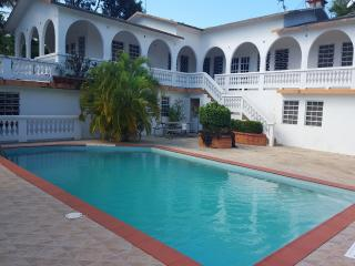 House with pool up to 16 next to Sun Bay beaches - Esperanza vacation rentals