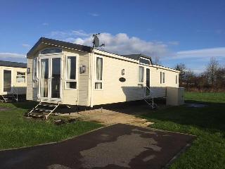 Cozy 2 bedroom Caravan/mobile home in Skipsea - Skipsea vacation rentals