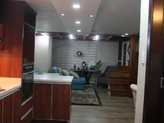 Nice 1 bedroom House in Cebu City - Cebu City vacation rentals