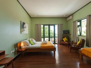 Bright La Passe vacation B&B with Short Breaks Allowed - La Passe vacation rentals