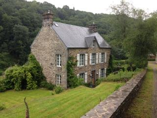 Beautiful Secluded French Manor House - Brouains vacation rentals