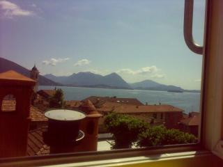Nice 1 bedroom Condo in Feriolo with Internet Access - Feriolo vacation rentals