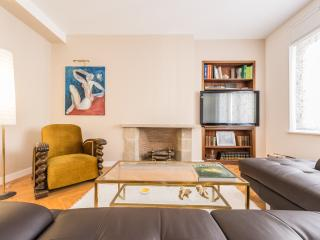 Elegant flat in Chamberi District - Hepburn Apt. - Madrid vacation rentals