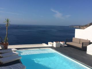 Fabulous apartment with private pool - Roca Llisa vacation rentals