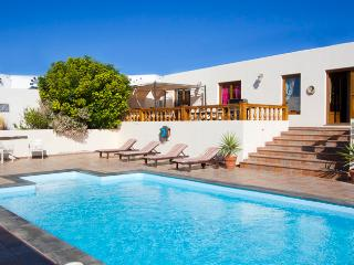<Large Luxury spacious rural villa - Teguise vacation rentals