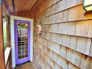 PINES (THE)~Charming one bedroom with a loft only Five blocks to the beach!!! - Manzanita vacation rentals