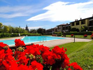 Bright Padenghe sul Garda Condo rental with Internet Access - Padenghe sul Garda vacation rentals