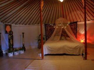 La Pépitelle, Chalet/Luxury Yurt, A - Cajarc vacation rentals