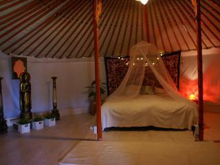 La Pépitelle, Chalet/Luxury Yurt, B - Cajarc vacation rentals