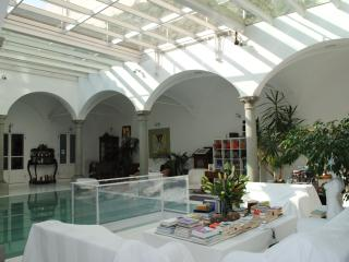 The room B in Santa Maria Nuova convent - Florence vacation rentals
