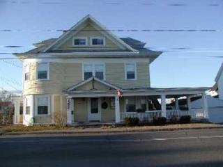 Beautiful Victorian Across from Short Sands Beach - York Beach vacation rentals