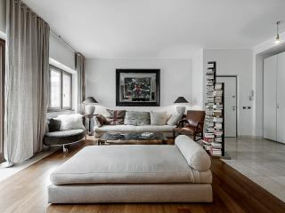 Cozy 3 bedroom Condo in Milan - Milan vacation rentals