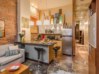 Artists Loft - Inside Downtown Nashville Entertainment District! - Nashville vacation rentals