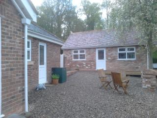 Studio apartment close to Severn Valley Railway - Highley vacation rentals