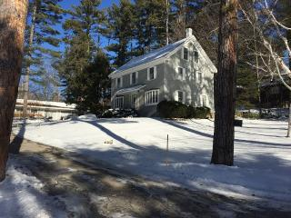 Charming 2 Bedrooom Guest House on 2 acre - North Conway vacation rentals