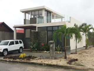 Casitas De Oro Vacation Family Home, Holiday House - Majahual vacation rentals